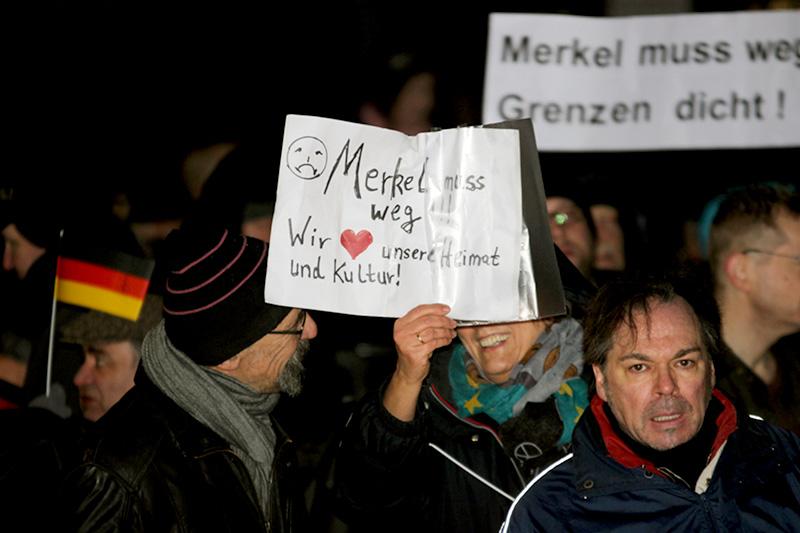 Anti Merkel Demo In Hamburg Zwischen Schein Und Sein Endstation