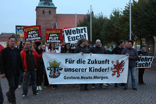 Mecklenburg-Vorpommern prüft Beobachtung des Pegida-Ablegers Mvgida durch den Verfassungsschutz